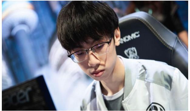 LOL:IG冠军辅助BaoLan合约到期宣布离队 是被逼无奈还是另有隐情?